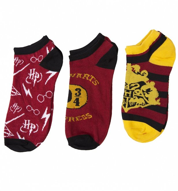 af1e1abaf Any fan of Harry Potter will love this pack of three trainer socks. With  three different designs